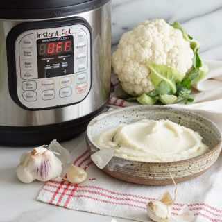 Instant Pot Garlic Mashed Cauliflower